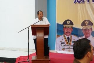 Kasubdit Sistem Penyediaan Air Minum (SPAM) Perkotaan pada Kementerian PUPR Darmawel Umar saat sambutan