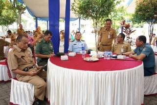 Sekdako Tanjungpinang Riono bersama Kadis Perkim Kepri Heru Sukmoro
