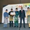 DMDI Anugerahi Wagub Kepri Kepemimpinan Adat