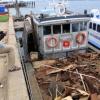 Bea Cukai Segel Kapal Bermuatan Scrap Ilegal