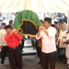 Bareng Ketua DPRD Kepri, Gubernur Angkat Keranda Rekaveny