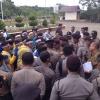 Demo Ricuh, Polisi Terluka,1 Pejabat Disdik Dilarikan ke RS