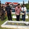 Dinsos Bawa 200 Pelajar Pinang Wisata ke Makam Pahlawan