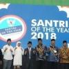 Bersama Dahlan Iskan, Gubernur Nurdin Terima Anugerah Santri of The Year 2018