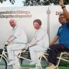 Saat CFD, Warga Antusias Foto Booth di Gambar Presiden Ke-2 Indonesia