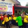 Warga Singapura Bagi Sembako Gratis di Tanjungpinang