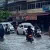 Hujan Sekejap, Ruas Jalan Ibukota Tergenang Air, Simak Videonya