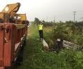 Mobil Milik PNS Bintan Terjun dan Terbakar di Jalan Lintas Barat