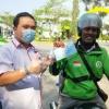 ITM Kepri Bagi-bagi 600 Paket Masker dan Hand Sanitizer ke Warga Pinang