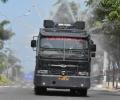 Iqbal Bareng Syahrul Semprot Disinfektan di Jalan Protokol Tanjungpinang