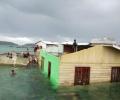 Puting Beliung Menerjang, Rumah Warga Nyemplung Laut