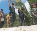 Pantau Pulau Sekatung Pakai Helikopter, FKPD Bagi Sembako ke Prajurit
