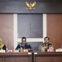 Ketua Pansus LKPJ Dewi Kumalasari Ansar saat menyampaikan materi.
