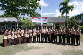 Para pembina bersama Ketua Kwarcab Pramuka Tanjungpinang H Syahrul