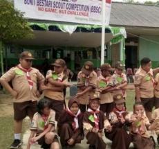 Pramuka saat melaksanakan kegiatan Bukit Bestari Scout Competion