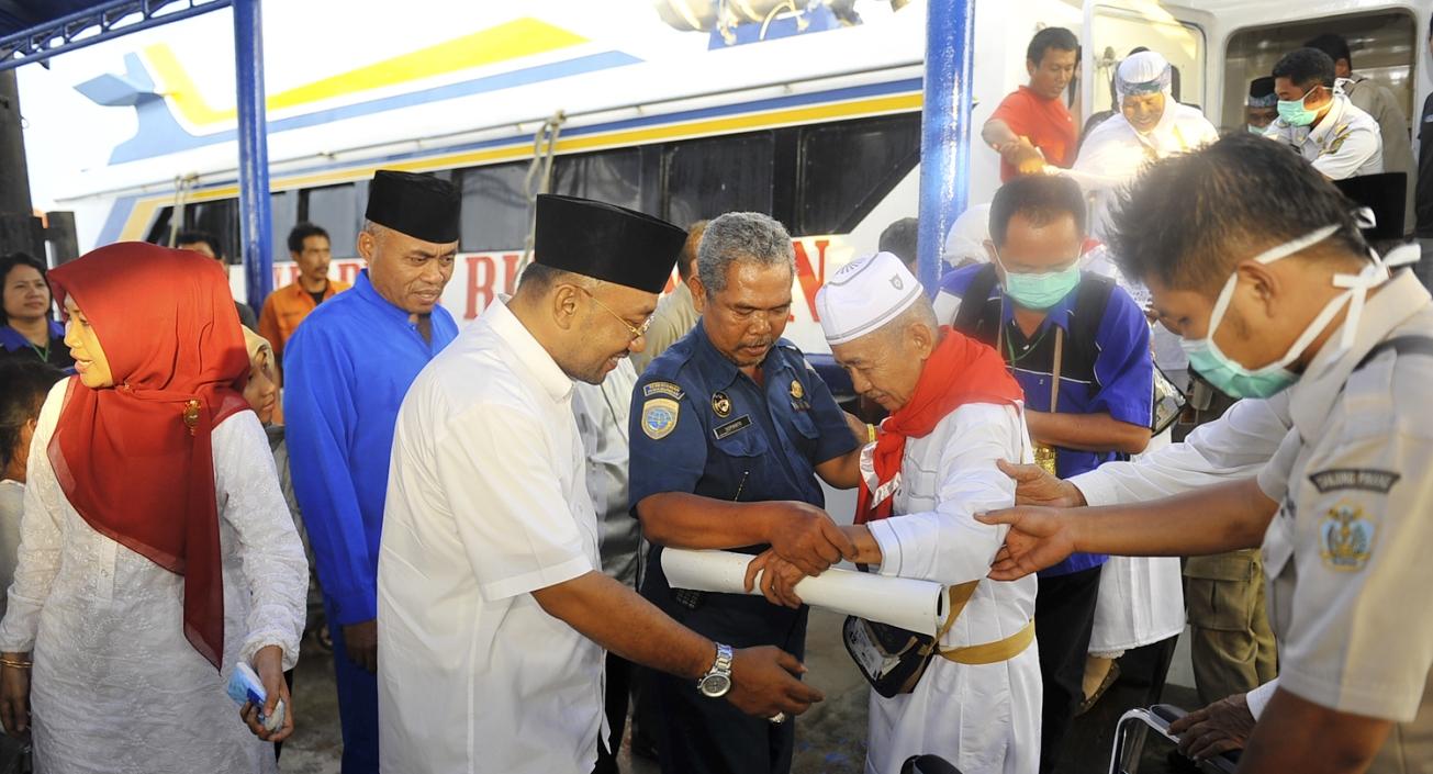 Lis-Syahrul Sambut Kepulangan Jemaah Haji