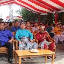 Wali Kota Tanjungpinang Lis Darmansyah bersama undangan