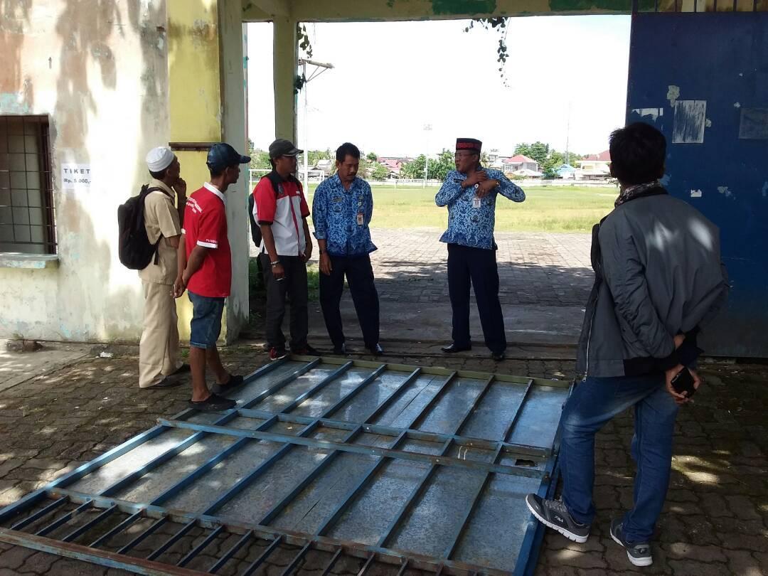 Bocah 6 Tahun Tertimpa Pintu Stadion Sulaiman Abdullah