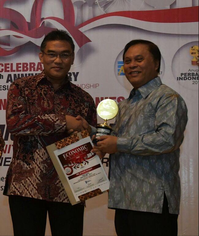Dirut Bank Riau Kepri Raih Award The Best Indonesian CEO Bank (BPD)
