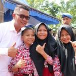 Para pelajar Bintan saat bersama bupati (1)