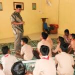 Bupati Bintan Apri Sujadi menyampaikan nasihat kepada para siswa