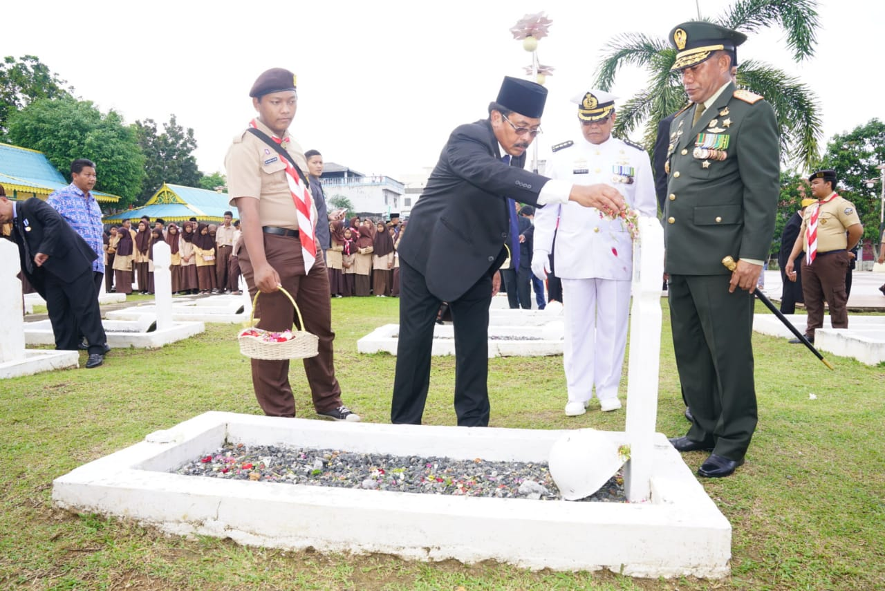 Gubernur Kepri Pimpin Ziarah Nasional