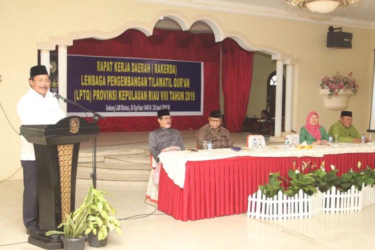 Nurdin Buka Rakerda LPTQ Provinsi Kepri Ke-8