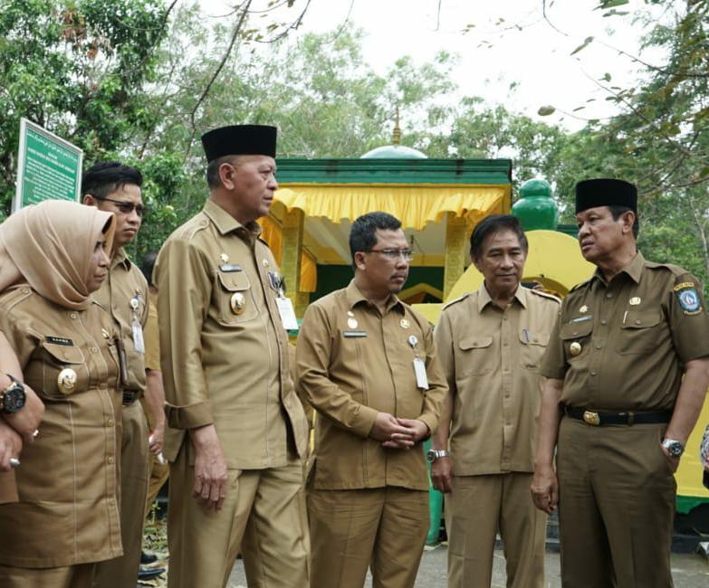 Diakui Bagus, Plt Gubernur Isdianto Sarankan Bupati Apri Tiru Wako Syahrul