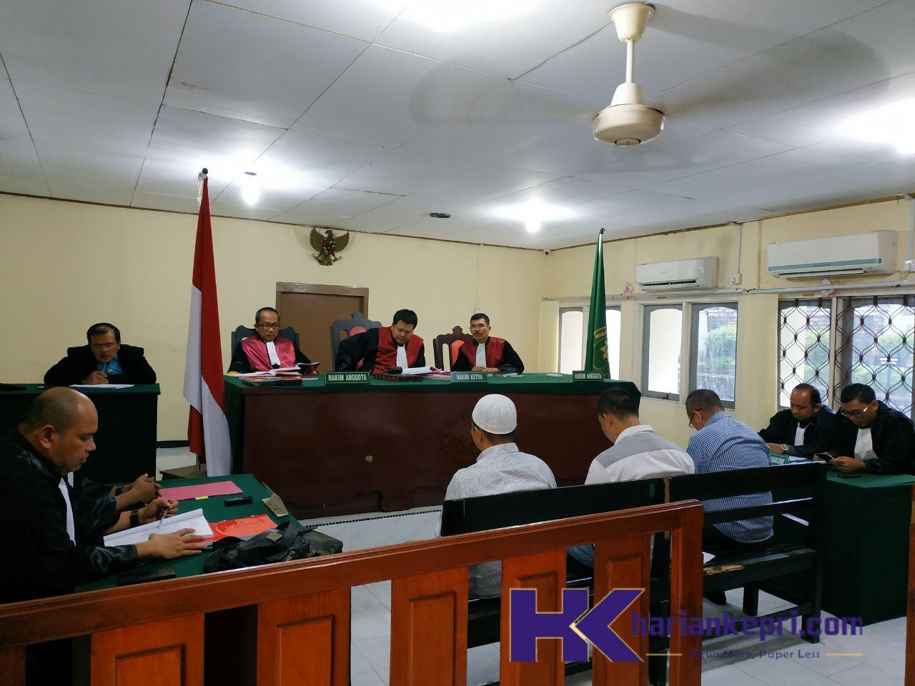 Tetap Didakwa Korupsi, Hakim Tolak Eksepsi Eks Kadisbud Kepri Aripin Nasir
