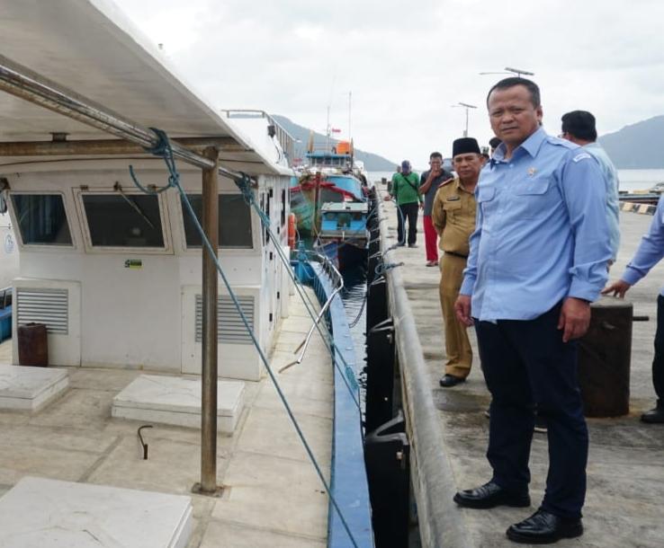 Bukan Tentang Kapal China, Menteri KKP Dapat Keluhan Nelayan Natuna Soal Ini