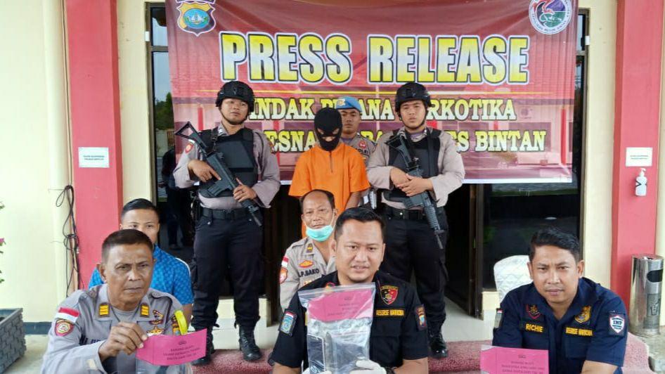 Melawan saat Ditangkap, PNS Tewas Tertembak Anggota Polres Bintan