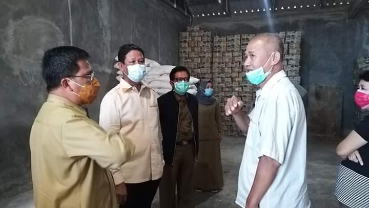 Pastikan Aman, Isdianto Cek Stok Sembako di Tanjungpinang