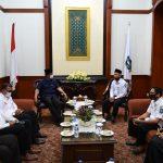 Gubernur Kepri, Isdianto mendengarkan curhat PTK non ASN
