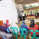 Gubernur Kepri, Isdianto saat bertemu warga Sebauk, Tanjungpinang