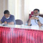 Jajaran anggota DPRD Kepri mendegarkan aspirasi para buruh