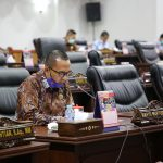 Juru Bicara Fraksi PKS, Wahyu menyampaikan pandangan umum fraksi