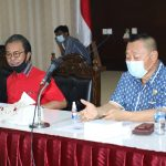 Ketua DPRD Kepri Jumaga Nadeak bersama Ketua Komisi I Bobby Jayanto saat audiensi dengan perwakilan buruh
