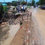 Komisi III DPRD Kepri meninjau Jalan Jend Sudirman yang amblas