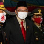 Wakil Ketua II DPRD Kepri, Raden Hari Tjahyono saat menghadiri malam renungan suci
